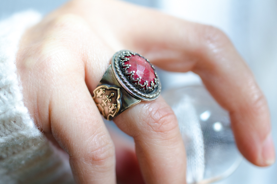 Ruby Eleanor or Aquitaine Ring 2 | Hedgerow Rose