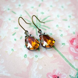 Petite Estate Style Earrings Pumpkin Spice 1