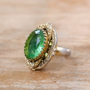 Vintage Peridot Glass Ring 1