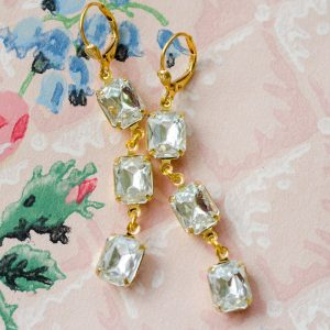 Vintage Rhinestone Dangle Earrings via Hedgerow Rose