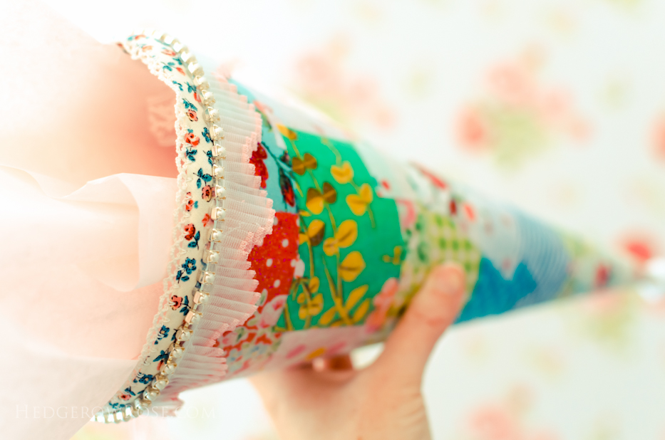 crafting-a-gift-cone-3