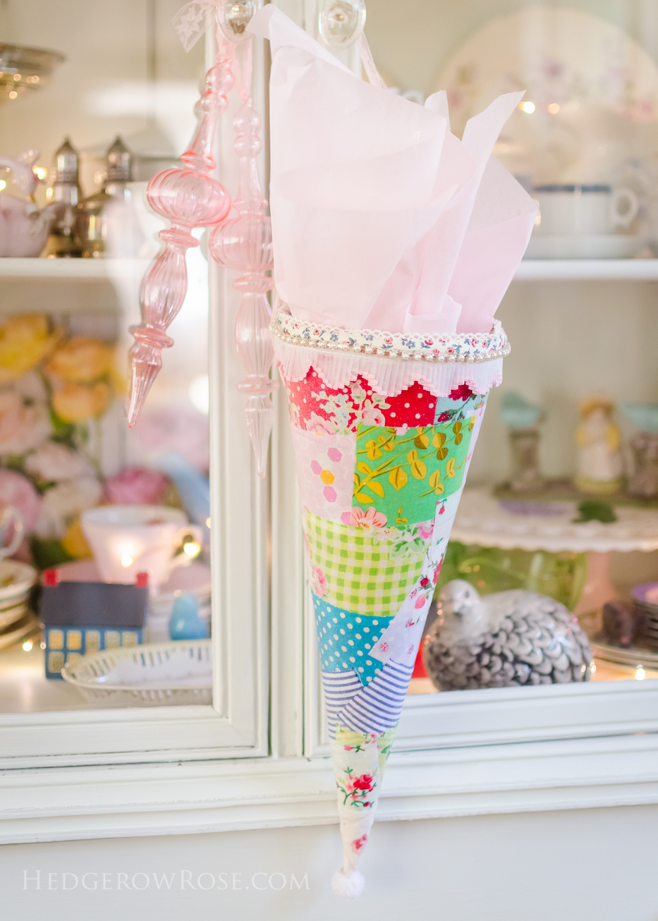 crafting-a-gift-cone-5