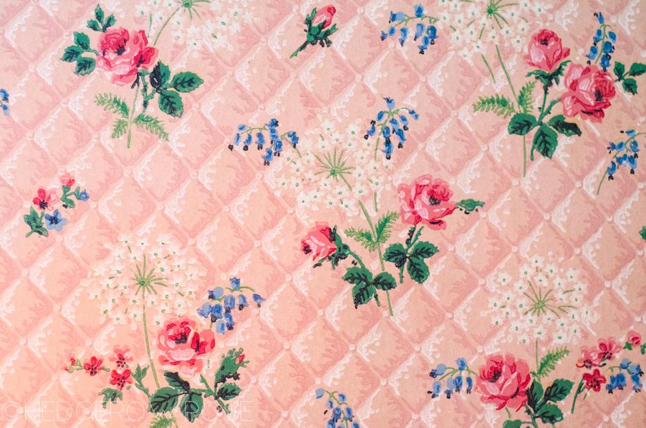1950's rose printed wallpaper | Hedgerow Rose